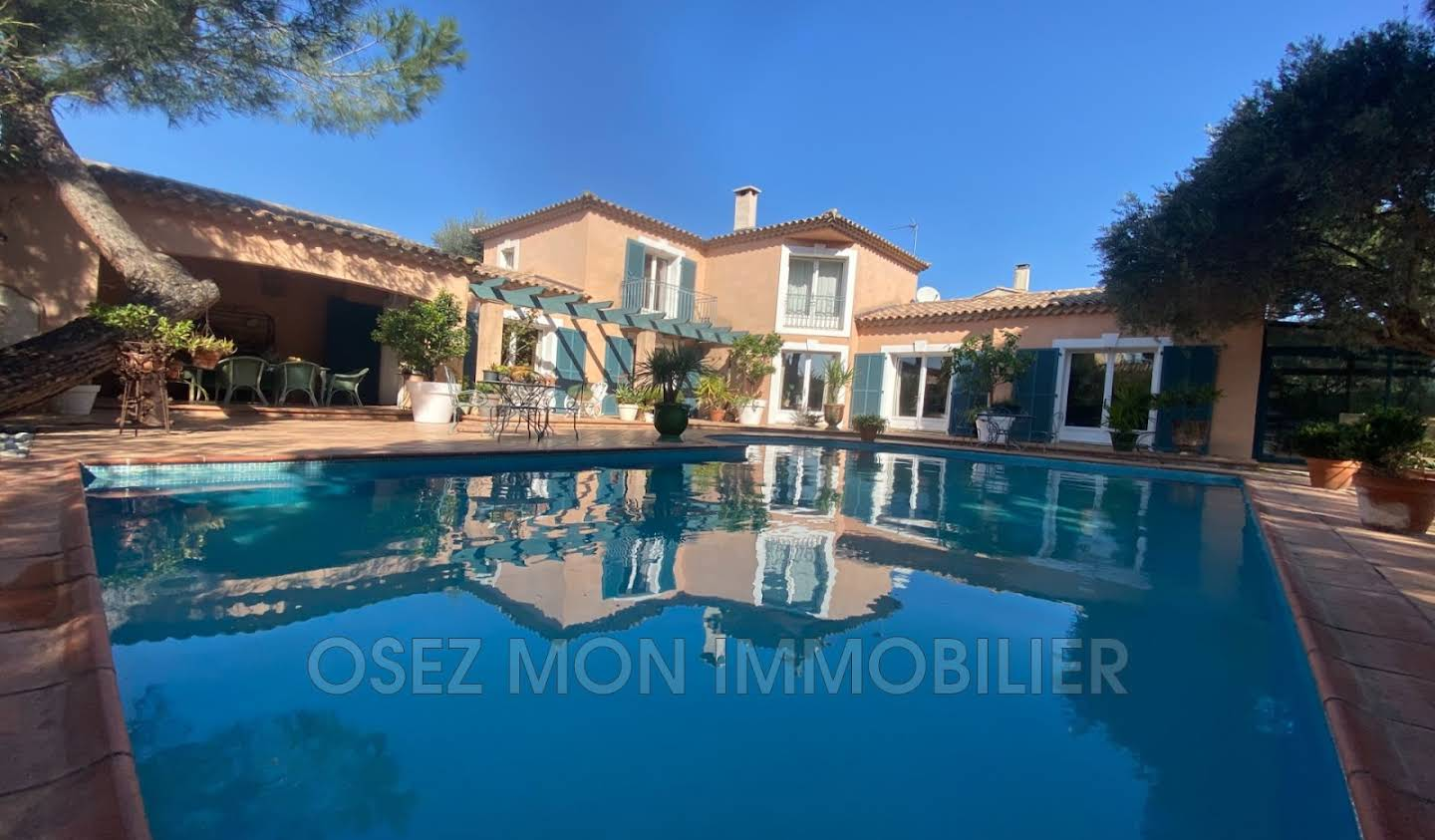 Villa with pool and terrace Narbonne