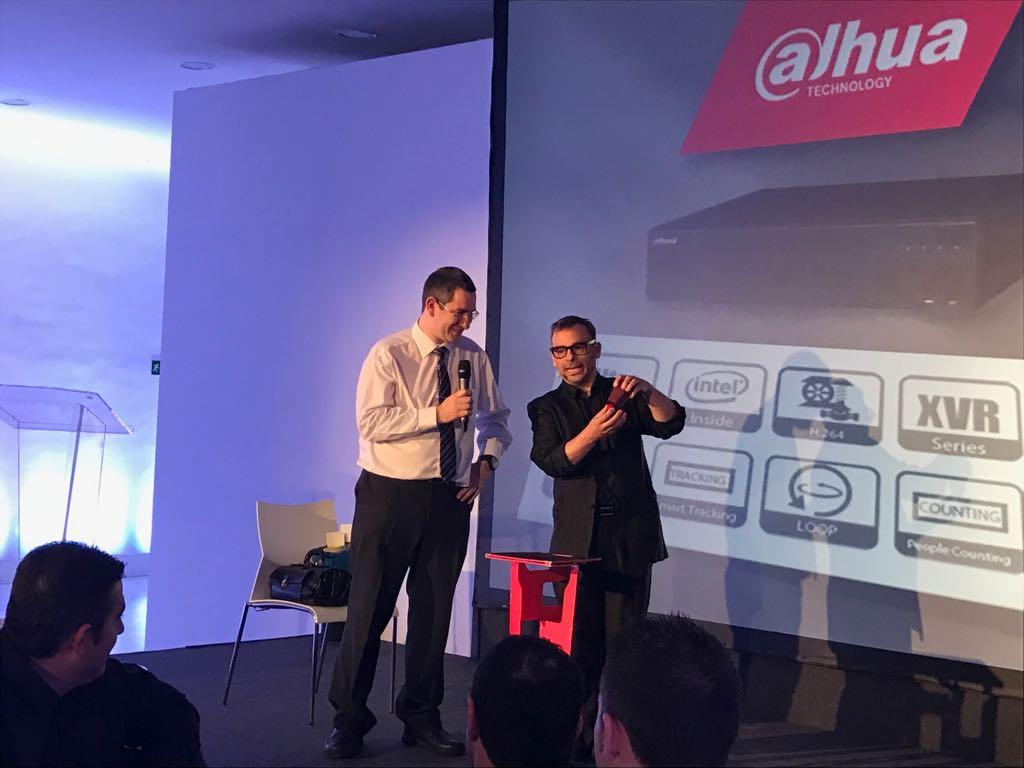 Espectáculo para empresas de Alfonso V 2017 Dahua