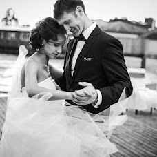 Wedding photographer Darya Garnik (dariazu). Photo of 22.07.2015