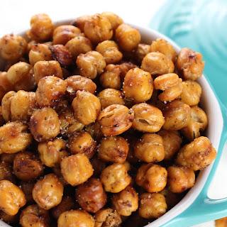 Crispy Crunchy Roasted Chickpeas.