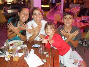 Photo: Moi avec Anne, Gabby et Daniel (Surfers Paradise)