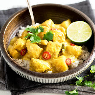 Malaysian Potato and Chicken Curry.