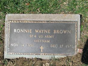 Photo: Brown, Ronnie Wayne