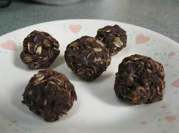 Dark Chocolate No-Bake Snackers