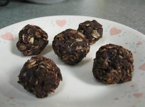 Dark Chocolate No-bake Snackers Recipe