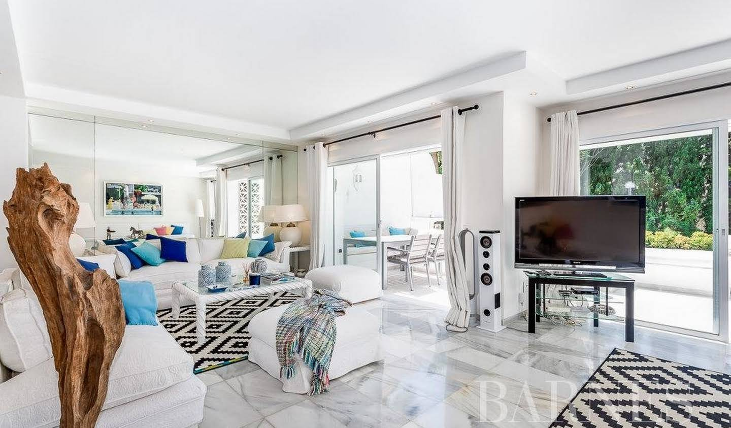 Apartment with terrace Marbella