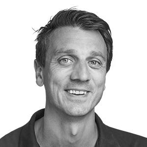 Dr. Eirik Salvesen