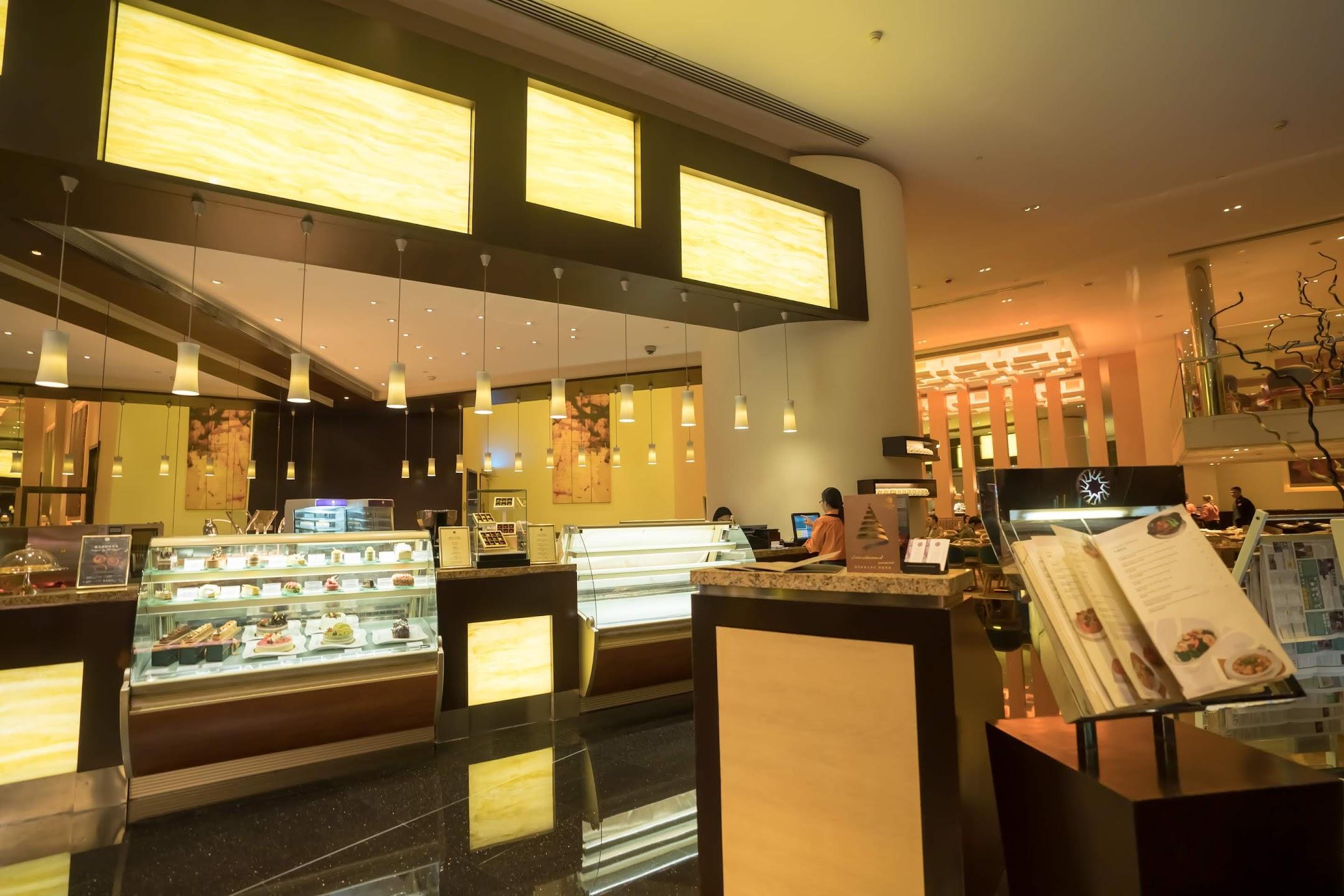 マカオ グランド・リズボア Round-The-Clock Coffee Shop1