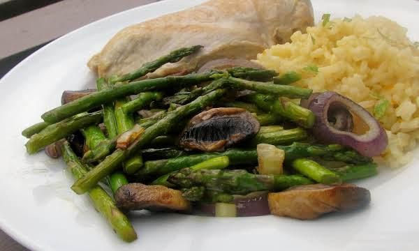 Roasted Asparagus, Mushrooms And Onions