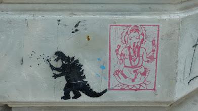 """Photo: Stencil; Unknown Artist; """"Dino mit Pusteblume"""" & """"Ganesh"""""""