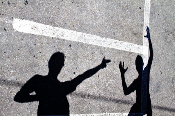 Rapina a ombra armata di supermaio