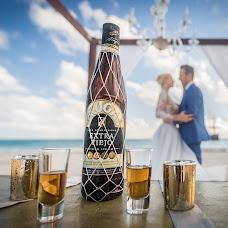 Wedding photographer Gergely Vas (gregoryiron). Photo of 16.02.2018