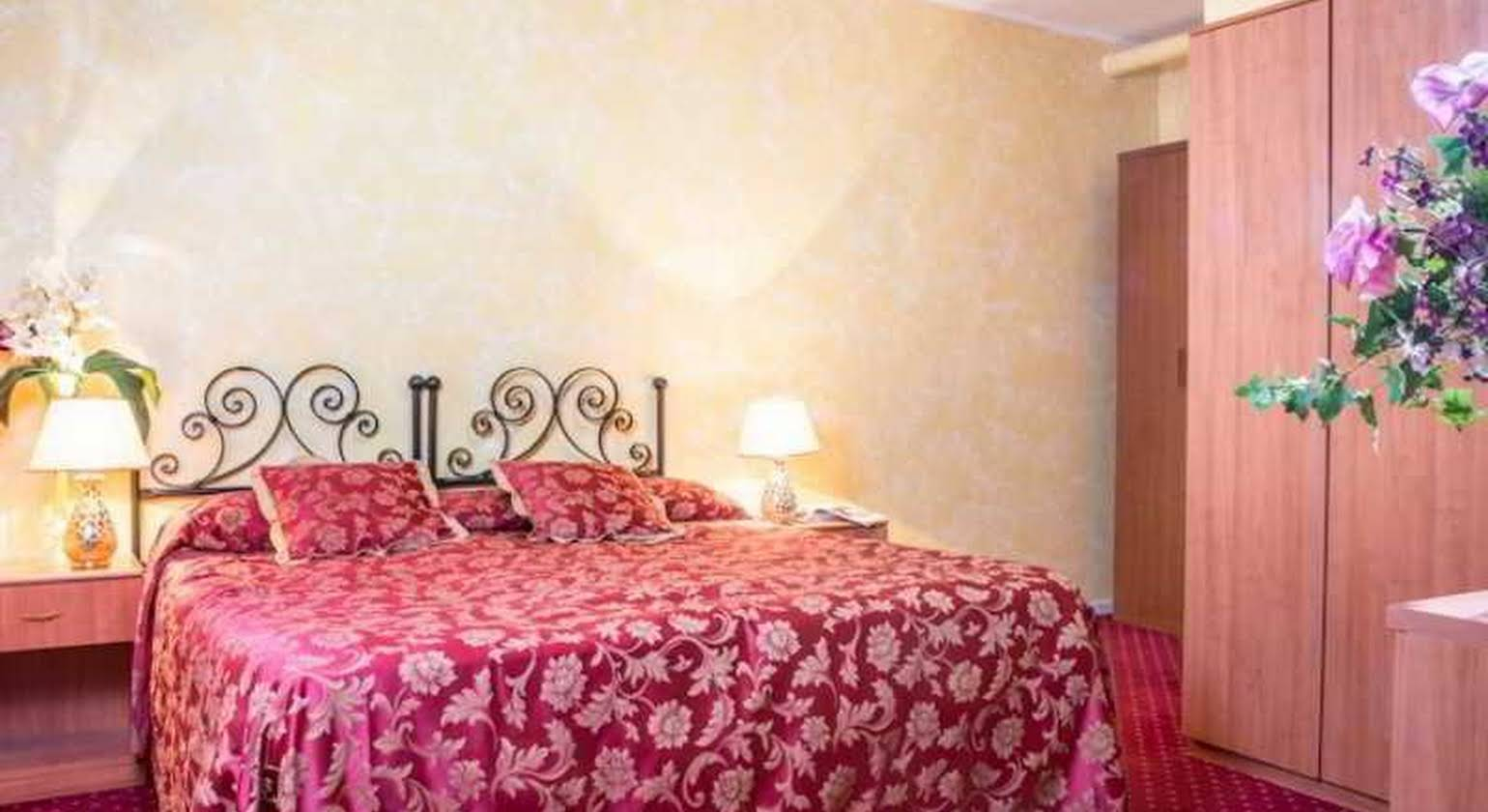 Monti Guest House