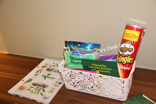 The welcome basket with snacks that we were given