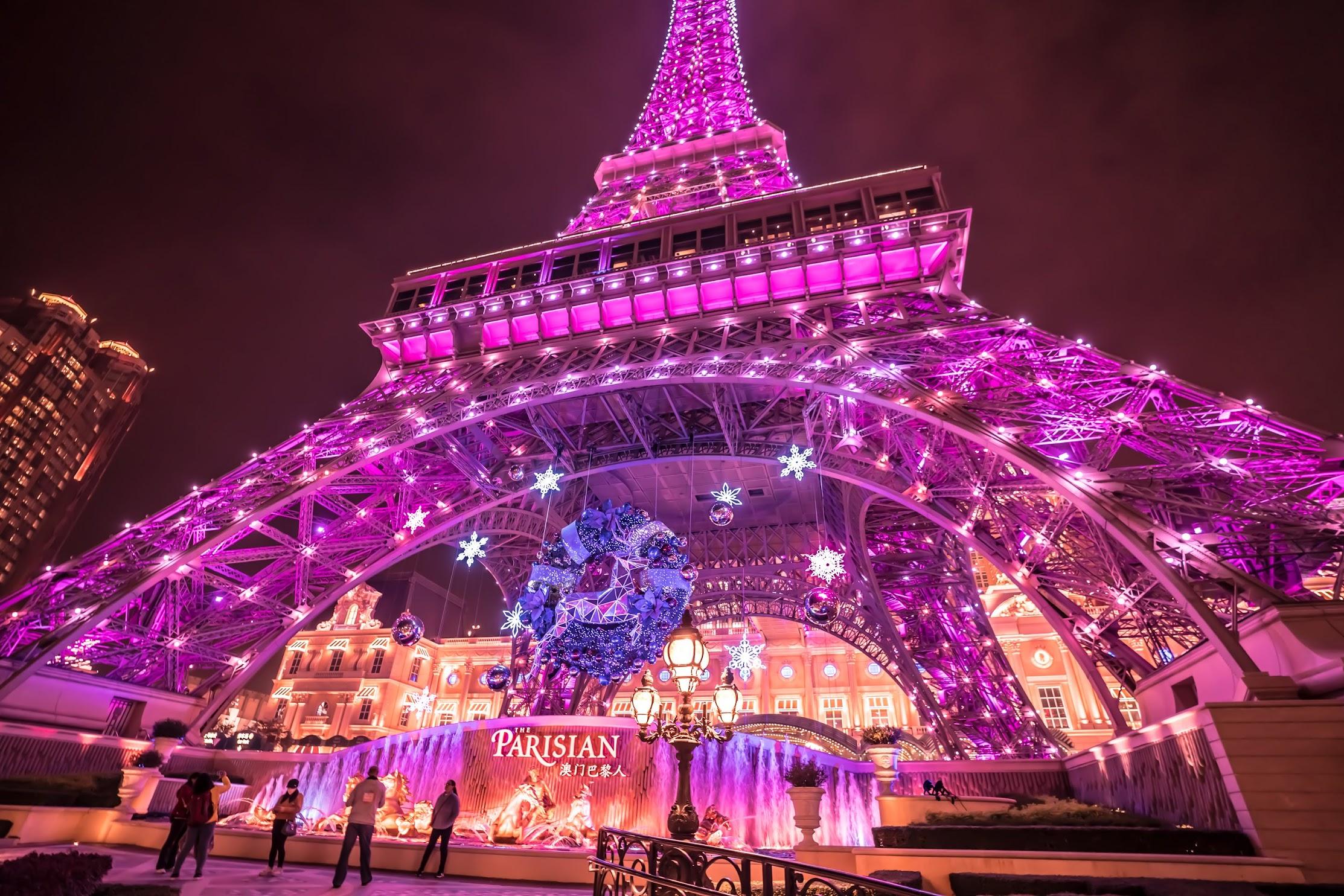 Parisian Macao Eiffel Tower light-up5