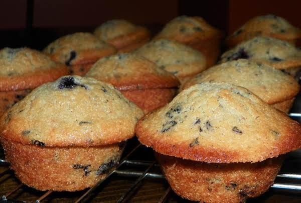 Junior's 'berries On Top' Jumbo Blueberry Muffins
