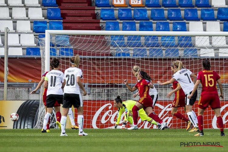 Spaanse voetbalsters gaan in staking