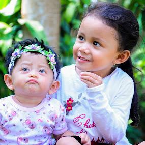 I'll catch by Yosep Atmaja - Babies & Children Children Candids ( child, girls, daughter )