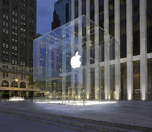 Apple biting into the electric market
