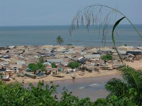 """Photo: Akwidaa, old town, west coast, Ghana, between river and ocean Akwidaa, """"vieille ville"""", entre rivière et océan #Africa #Ghana #Akwidaa #Busua http://www.ezilebay.com/ http://busuainn.com/ http://olivbusua.blogspot.com/"""