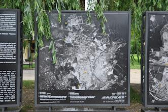Photo: Dějepisná exkurze Auschwitz-Birkenau (sobota 11. červen 2011). Před vstupem do muzea.
