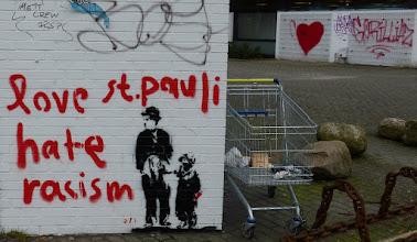 Photo: AFI; Love St. Pauli hate racism