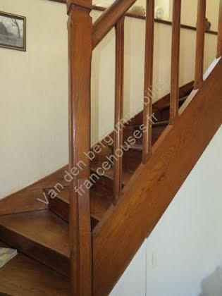 Vente maison 5 pièces 1843 m2