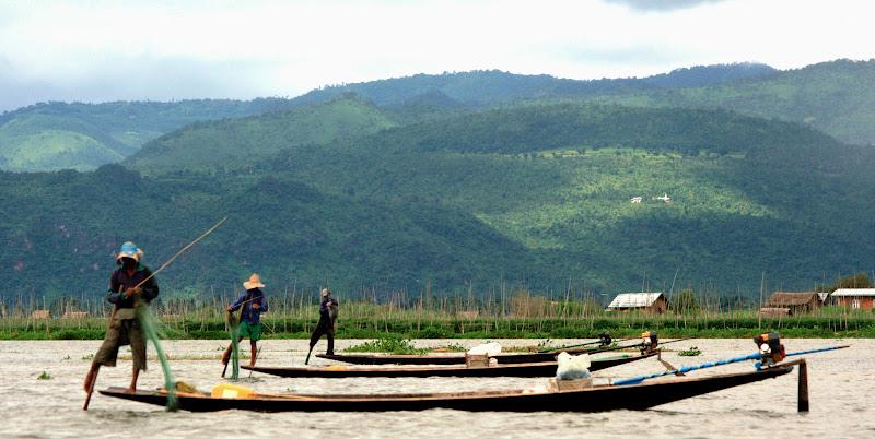 Tre uomini in barca di Migliu