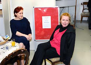 Photo: Veranstaltung am 29.3.2014 (Finissage Zeininger, Jour fixe. . Barbara Zeininger, Dr. Renate Wagner. Foto: Axel Zeininger