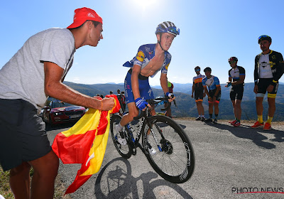 Knox dankt Gilbert en Stybar voor de steun in laatste bergrit