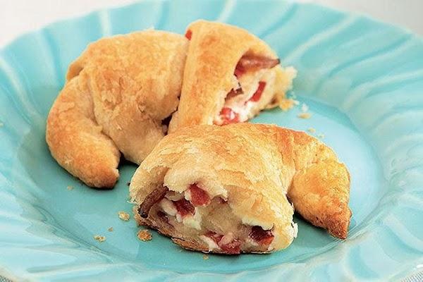 Bacon, Cheese & Tomato Crescents Recipe
