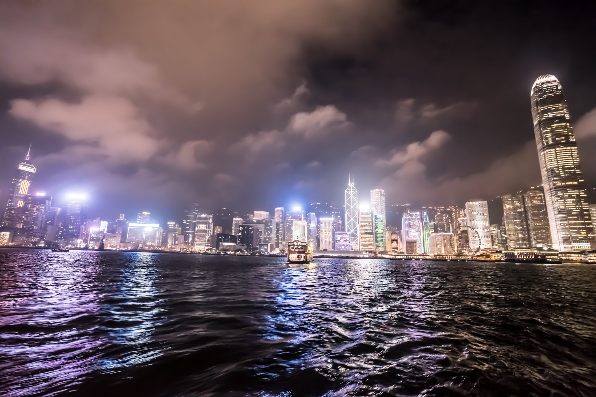 Hong Kong star ferry Night view2