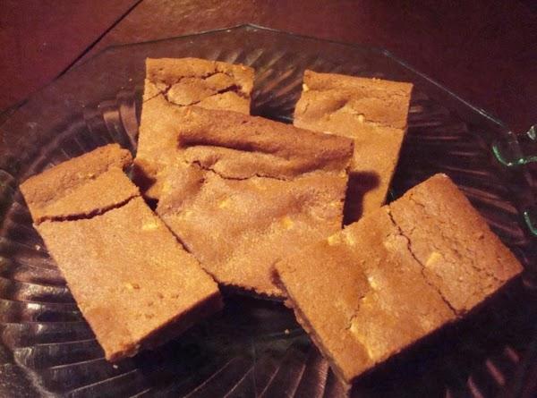 White Chocolate Gingerbread Blondies Recipe