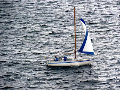 Solitario nel Plumbeo Mare di Kyughs