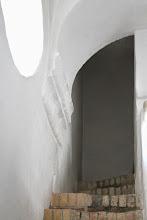 Photo: trappen til galleriet hvor herskabet sad.