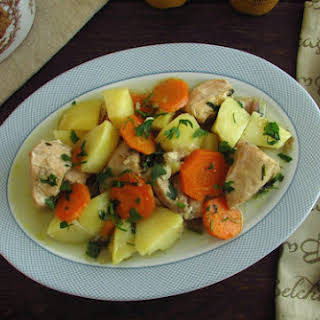 Stewed Chicken With Carrots And Potatoes Recipes.