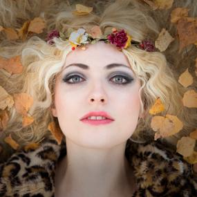 by Reto Heiz - People Portraits of Women ( female portrait, autumn, color, beauty in nature )