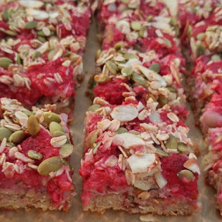 Raspberry Almond Oat Bars