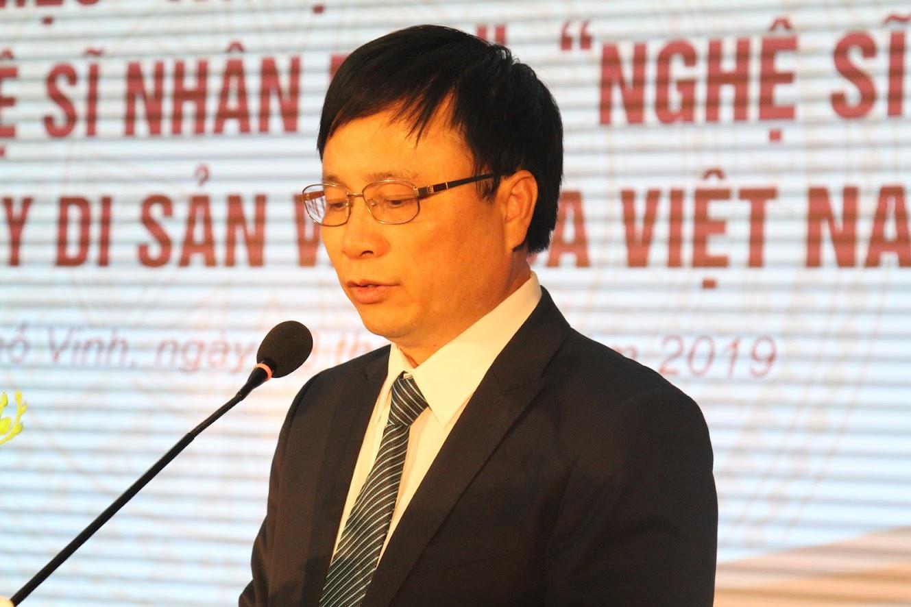 Đồng chí Bùi Đình Long, Phó Chủ tịch UBND tỉnh phát biểu tại buổi lễ