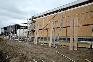 Photo: 02-11-2012 © ervanofoto Een tweede niveau wordt opgetrokken.