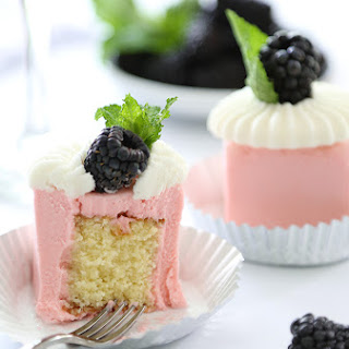 Mini Rosé Wine Toasting Cakes.