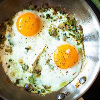 Spring Garlic Fried Eggs Recipe