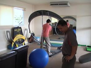 Photo: โปรแม่น สอนประจำที่่ สถาบันสอนกอล์ฟ Real Golf Academy สนามไดร์ฟกอล์ฟท๊อปคลาส ชั้น 2 สอบถามเพิ่มเติมได้ครับ ที่ โปรแม่น 081 801 9188 http://realgolf.in.th/
