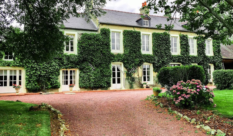 Propriété avec jardin Saint-Marcouf