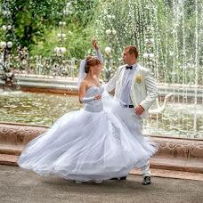 Wedding photographer Vladimir Amangaliev (Pavv). Photo of 27.11.2014