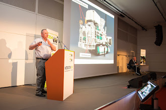 Photo: During one of the 24 technical sessions. In the picture:  Dr. Stef Kapusniak, from Soil Machine Dynamics Ltd, UK presenting his paper