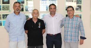 Juanjo Segura con los organizadores de esta actividad.