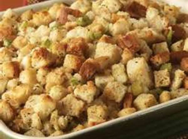 Mom's Classic Stuffing By Freda