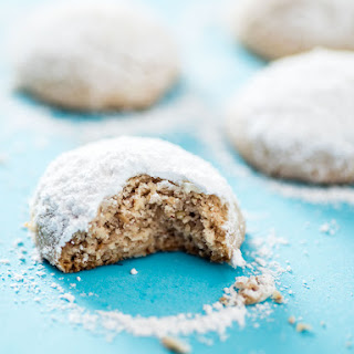 Easy Mexican Wedding Cookies