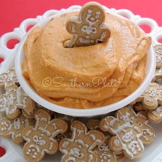DELICIOUS Pumpkin Pie Dip.